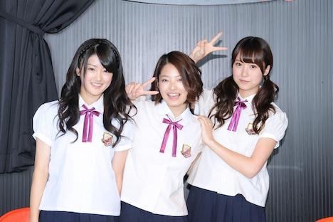 「夏休みスペシャル Under Station!!@東京タワー」第1回収録に参加した樋口日奈、岩瀬佑美子、衛藤美彩(写真左から)。