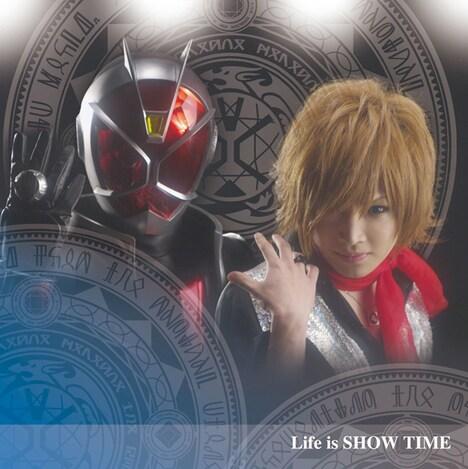 鬼龍院翔 from ゴールデンボンバー「Life is SHOW TIME」CD+DVD盤ジャケット