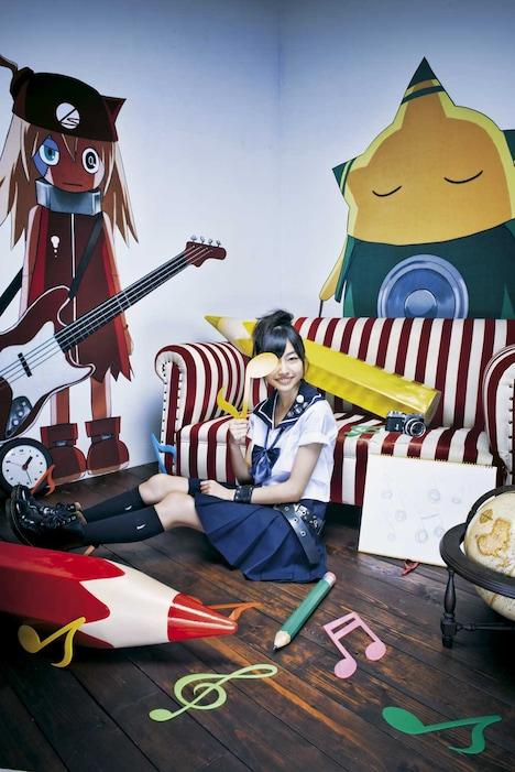「アオハル」0.99号に掲載される鈴木裕乃(私立恵比寿中学)グラビアの1枚。