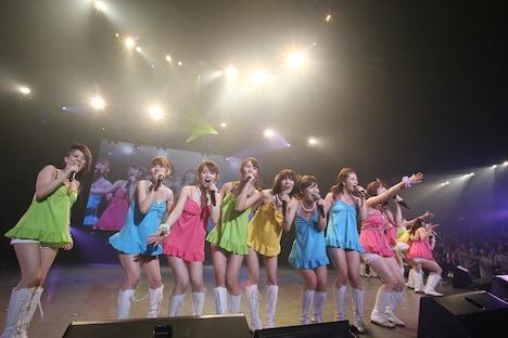 恵比寿マスカッツ解散コンサート「女の花道 卒業式」の模様。