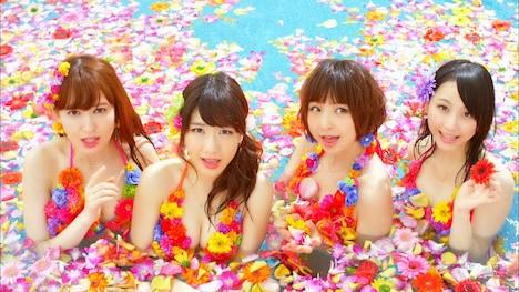 AKB48「さよならクロール」PVのワンシーン。