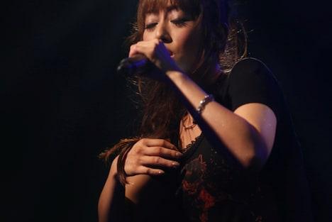 日笠陽子「Glamorous Songs」リリース記念イベントの模様。