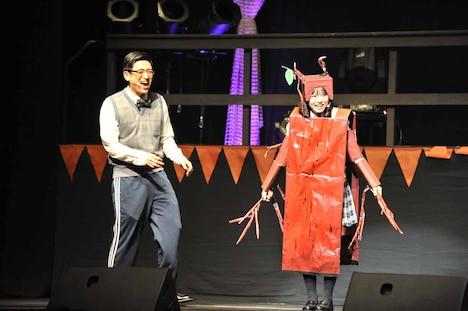 堀内まり菜と森ハヤシ先生。