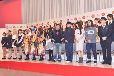 「第64回NHK紅白歌合戦」出場歌手の発表会の様子。