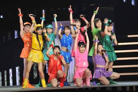 モーニング娘。「モーニング娘。コンサートツアー2013秋 ~CHANCE!~」ライブの様子。