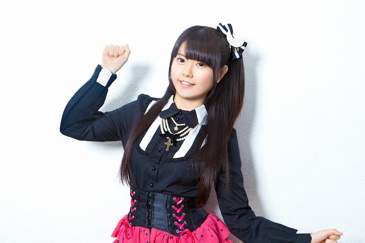 ナタリーPower Pushではシングル「週末シンデレラ」の魅力に迫る竹達彩奈へのインタビューを公開中。