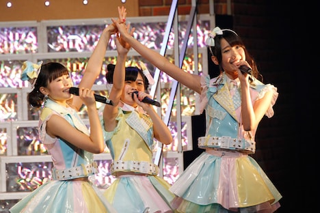 HKT48「HKT48九州7県ツアー~可愛い子には旅をさせよ~」熊本公演の様子。 (c)AKS