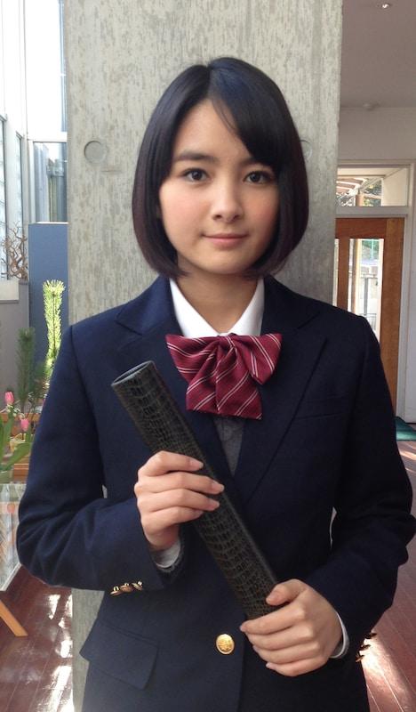 この春中学を卒業する葵わかな。