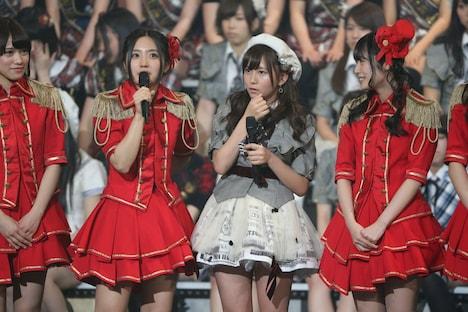 左から高木由麻奈、古川愛李、大場美奈、高柳明音。 (c)AKS