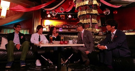 「オトナの!」収録中の模様。左から小宮山雄飛、ワタナベイビー、曽我部恵一、いとうせいこう、ユースケ・サンタマリア。 (c)TBS