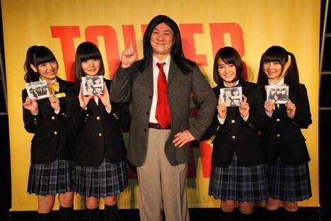 """乙女新党と""""ほぼ金八先生""""こと三又又三。"""