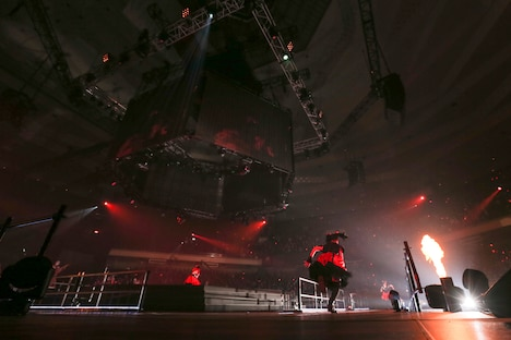 """BABYMETAL「黒い夜 LEGEND """"DOOMSDAY"""" ~召喚の儀~」公演の様子。(Photo by Taku Fujii)"""