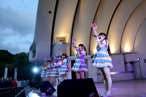 本日5月8日に東京・代々木公園野外ステージにて開催された「palet ~Keep on Lovin' You ファン感謝祭 FREE LIVE@YOYOGI~」の様子。