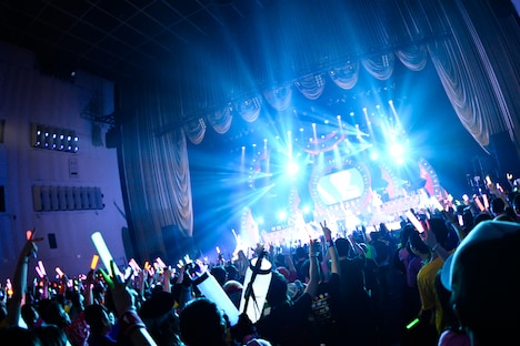 念コンサートツアー2014春 ~リアルBerryz工房~」中野サンプラザ夜公演の様子。