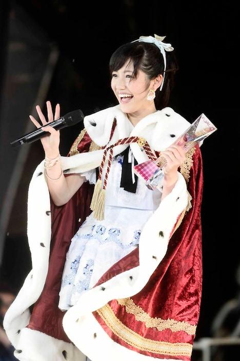 AKB48 37thシングル選抜総選挙第1位に輝いた渡辺麻友。 (c)AKS