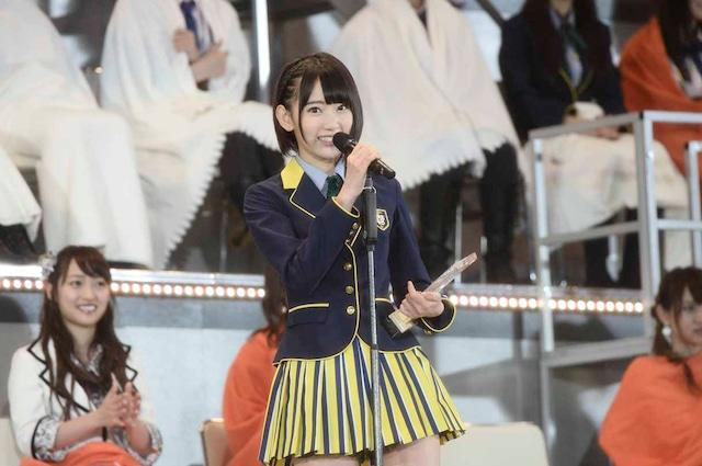 AKB48 37thシングル選抜総選挙第11位の宮脇咲良(HKT48チームKIV / AKB48チームA兼任)。 (c)AKS