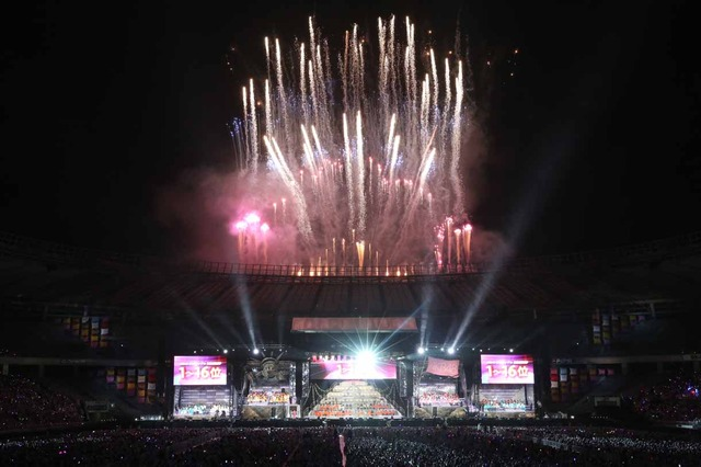 「AKB48 37thシングル選抜総選挙 夢の現在地~ライバルはどこだ?~」開票イベントの様子。 (c)AKS
