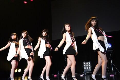 東京女子流「HARDBOILED NIGHT 第1夜『The Narrows 天使と罪の街』」の様子。