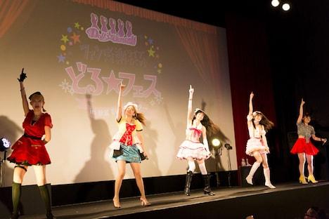 アルバムリリースを発表した7月12日開催の「どる☆フェス~重大発表スペシャル~」の様子。