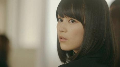 乃木坂46「何度目の青空か?」PVのワンシーン。