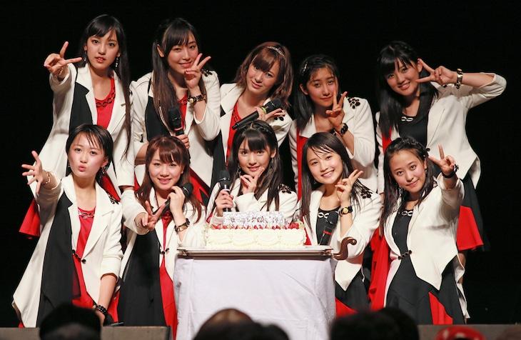 モーニング娘。'14 誕生日記念ライブ「18年目もいきまっしょい!」のフォトセッションの様子。