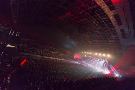 BABYMETAL「BABYMETAL WORLD TOUR 2014」幕張メッセイベントホール公演1日目の様子。(Photo by Shingo Miyaaki)