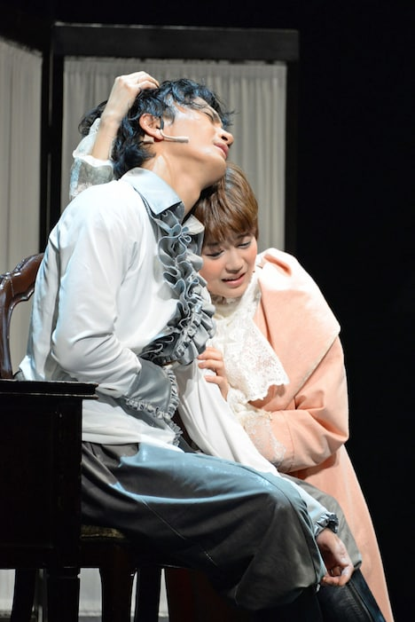ミュージカル「虹のプレリュード」公開舞台稽古の様子。