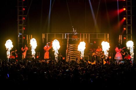 BABYMETAL「BABYMETAL BACK TO THE USA / UK TOUR 2014」イギリス・O2 Academy Brixton公演の様子。(Photo by Dana (distortion) Yavin)