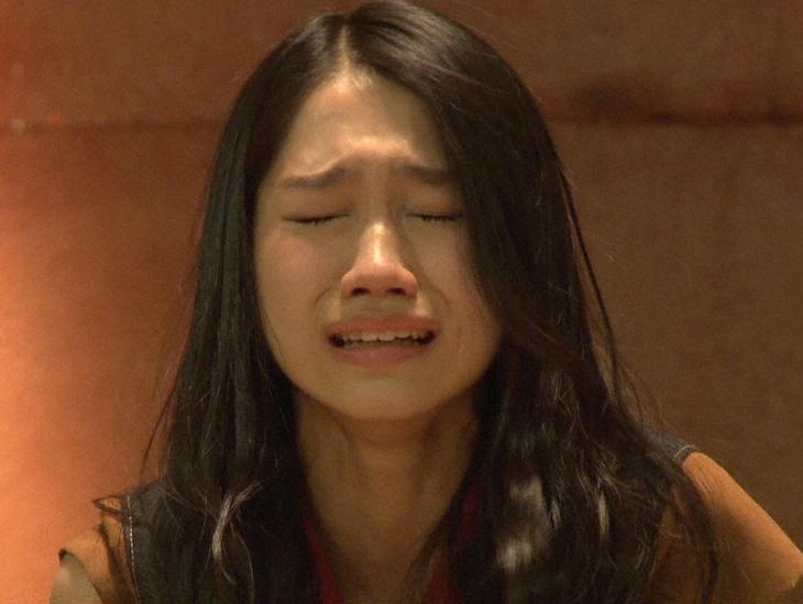「じゃんけん大会」にてシングル選抜入りに感動し涙する田野優花。(c)TBS