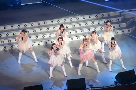 「アイドリング!!!14thLIVE 井の中のアイドリング!!! 大海でバタアシング!!! ~菊地亜美アイドル卒業までのカウントダウン~」の様子。