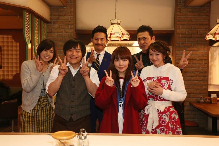 aikoと「素敵な選TAXI」出演者たち。