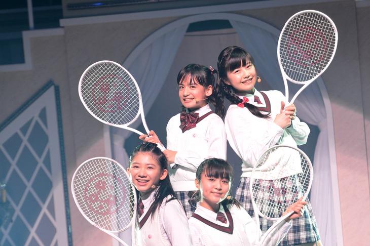 菊地最愛、水野由結、磯野莉音、山出愛子からなる一夜限りのテニス部 Pastel Wind。