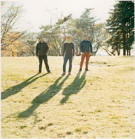 eastern youth。左が二宮友和。