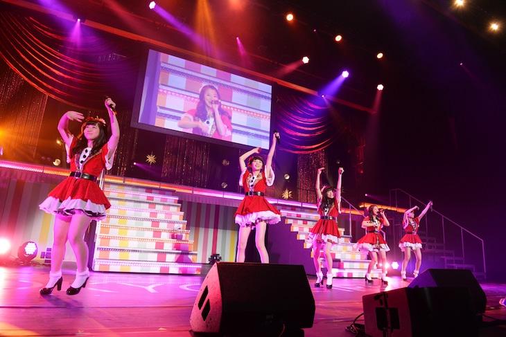 東京女子流「CONCERT*05 ~カワイイ満載見納めPARTY~」の様子。