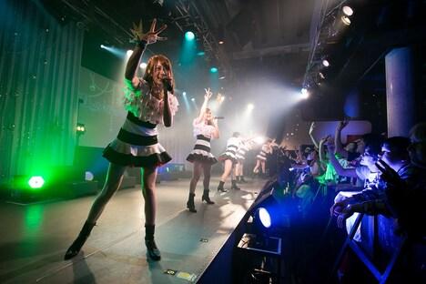 Doll☆Elementsによるライブの様子。