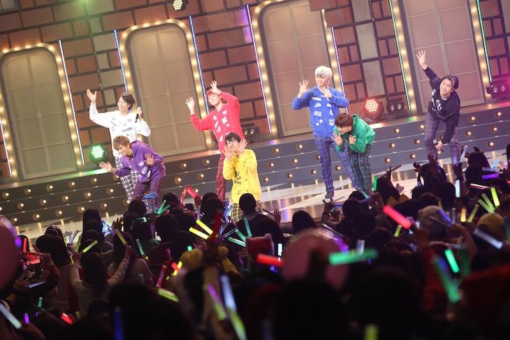 """超特急「BULLET TRAIN ONEMAN """"CHRISTMAS"""" SHOW 3rd Anniversary Special!!!!!!!!~聖なる一夜~」の様子。"""