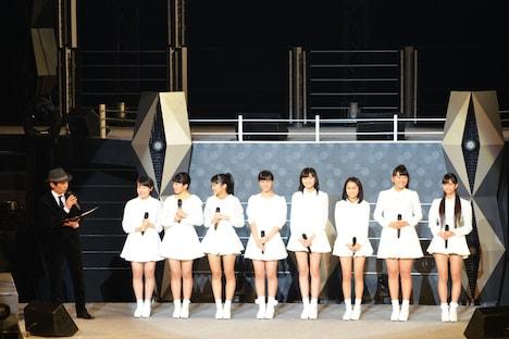 ハロー!プロジェクト研修生による新ユニットに参加する8名。左から藤井梨央、広瀬彩海、野村みな美、小川麗奈、浜浦彩乃、田口夏実、和田桜子、井上玲音。
