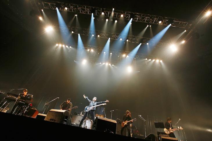 エレファントカシマシ「エレファントカシマシ 新春ライブ 2015」東京・日本武道館公演の様子。