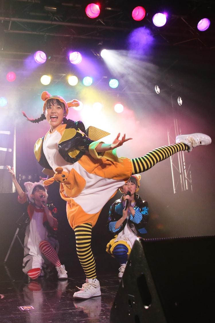「でらディスコ」でクラシックバレエを取り入れたソロダンスを披露する伊藤千由李。