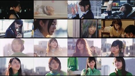 AKB48「Green Flash」ビデオクリップより16名の選抜メンバー。
