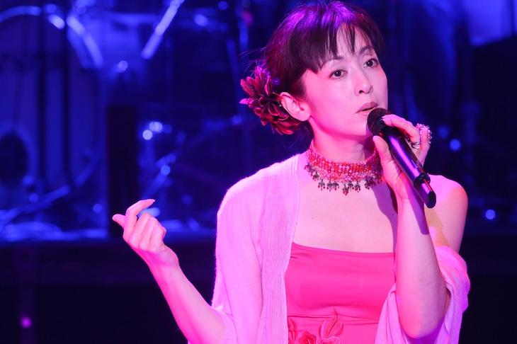 3月13日に行われた「斉藤由貴 30th Anniversary Concert」初日公演の様子。