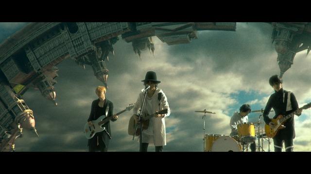 BUMP OF CHICKEN「コロニー」ミュージックビデオのワンシーン。