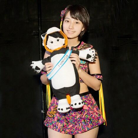 新井愛瞳とあらいぐんまちゃん。ぬいぐるみ。