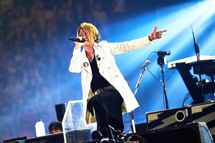 GLAY「20th Anniversary Final GLAY in TOKYO DOME 2015 Miracle Music Hunt Forever」5月31日の東京・東京ドーム公演の様子。(撮影:岡田裕介)