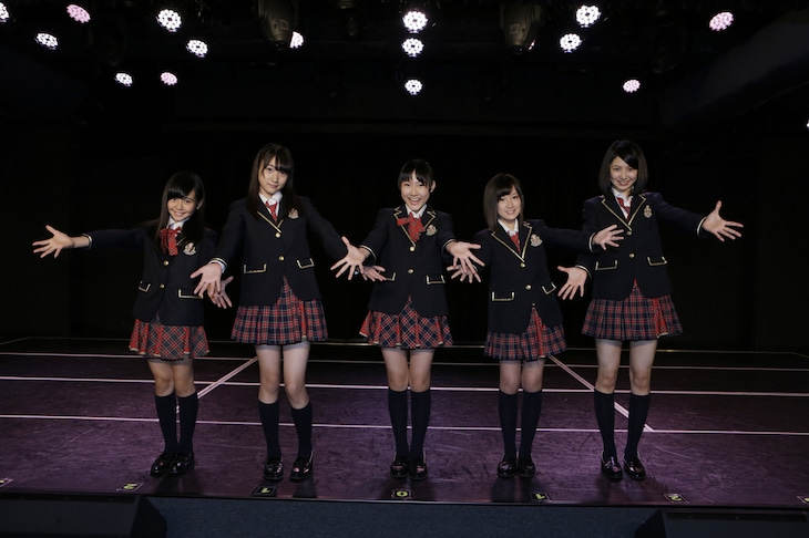 SKE48研究生になったドラフト2期生。左から上村亜柚香、一色嶺奈、白井琴望、水野愛理、菅原茉椰。 (c)AKS
