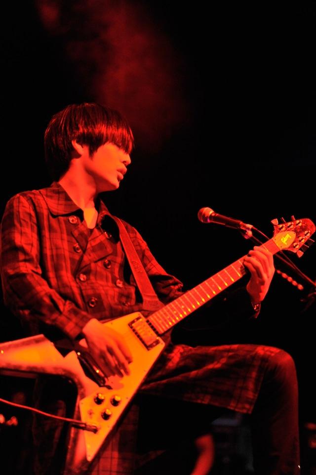白井眞輝(G / [Alexandros])(写真提供:JAPAN NIGHT実行委員会)