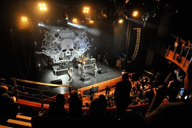 VAMPSのライブの様子。(写真提供:JAPAN NIGHT実行委員会)