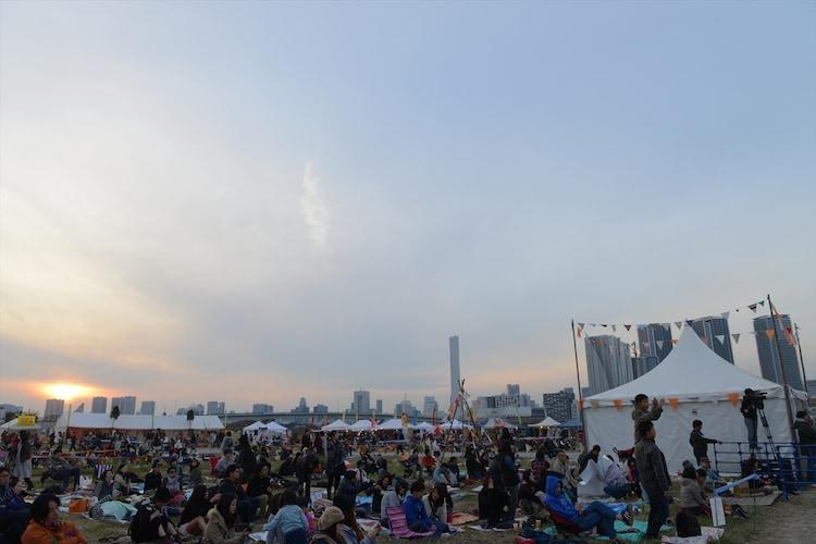 「豊洲野音CARNIVAL ~InterFM897 開局記念~」11月1日公演の様子。