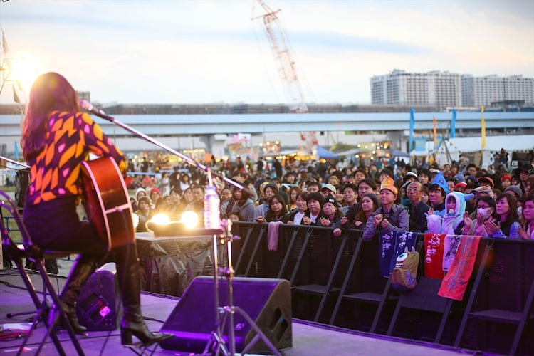 KUMI(LOVE PSYCHEDELICO) (撮影:船橋岳大)