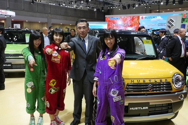 「第44回東京モーターショー2015」を満喫するももクロ。(c)BS朝日